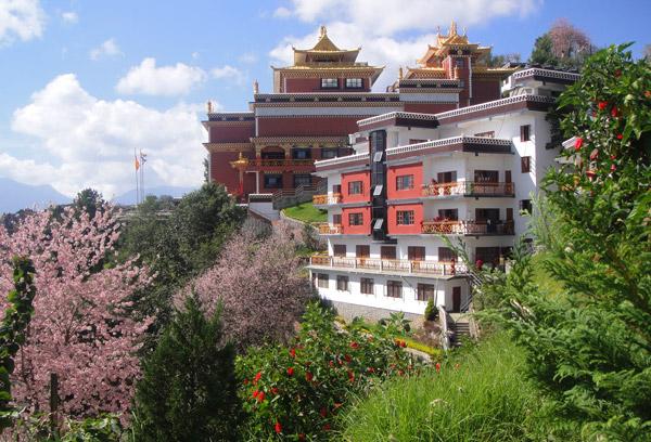 Thrangu-Tashi Yangste Gonpa